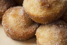 Muffins und Kaffeeteilchen