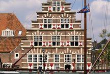 Leiden / Grachtenpand