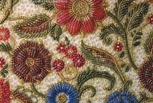 ビーズ刺繍
