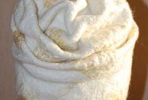 """Студия валяния """"Арт Войлок"""". / Студия валяния """"Арт Войлок"""". Валяю на заказ (варежки, шапки, броши-заколки, бактусы, снуды, палантины, тапочки, комплекты для бани, одежду и т.д)  Провожу мастер классы.  Пересыл по всему миру почта, транспортные компании.  89277449732 Людмила  www.livemaster.ru/ludmilafrolova https://www.instagram.com/ludmilafrolovaart/ http://vk.com/ludmilafrolovaart"""