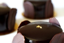 Gourmet Chocolates / Laura Baddish collects an assortment of images and graphics about the finest chocolates in the world.