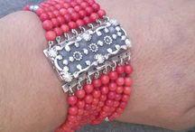 Pulseras / Bracelets