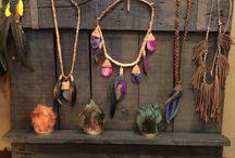 joyeria artesana &Paty / Nacemos con el objetivo de realizar joyas unicas y exclusivas para nuestros clientes.  Cada pieza cuenta con un numero de serie que certifica esta exclusividad.