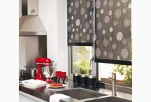 тканеві ролети для дому _ #кухня / Сьогодні ми підібрали для вас ідеї, як цікаво та просто змінити інтерєр та вигляд кухні за допомогою тканевих ролет. На кухні усе має бути смачним, і інтерєр у тому числі. Яскраві і сміливі кольори, цікаві рішення, тканеві ролети не тільки захистять від сонця,а й внесуть неповторну ізюминку у вигляд кухонної кімнати та підкреслять хороший смак господині. Потрібні тканеві ролети - телефонуйте нашим спеціалістам на гарячу лінію +380503173570.