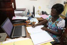 Alide / Alidé est une institution de microfinance béninoise qui a pour mission d'offrir un accès durable aux crédits productifs, à l'épargne et aux formations d'accompagnement aux familles les plus défavorisées des zones périurbaines et rurales exclues des systèmes de crédit et d'épargne formels. ©Philippe LISSAC