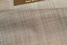 De Oost House Cloth / Home collection suit cloth & fabric. super 100s, 120's, 140's, 160's and blends for business and sports wear. Huis collectie stoffen voor maatpakken, (trouw) kostuums, jasjes, blazers, black tie en broeken.
