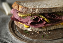 Sandwich Inspiration / Ideas to craft the tastiest sandwiches.e