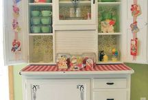 Retro kitchen hutches