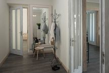Wnętrza - hall / Korytarze, schody, klaki schodowe, hole, miejsca komunikacji we wnętrzach.