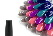 IndependentNails / Il Marchio  Independent Nails produce solo prodotti per le unghie eccellenti abbinandoli ad un programma di formazione e specializzazione di alta qualita'.