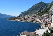 Limone sul Garda / Limone sul Garda , incantevole paese incastonato tra lago e montagne, famoso per la bellezza del suo paesaggio,  è una tra le località turistiche più frequentate della riviera bresciana.