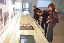 ArteBA en el MUNTREF / Artistas, galeristas y coleccionistas que participaron en arteBA visitaron MUNTREF–Museo de la Inmigración y MUNTREF–Centro de Arte Contemporáneo, acompañados por Aníbal Jozami y Diana Wechsler.