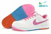 Sepatu Slip On / Produk Sepatu Slip On dari LandisStore :) LandisStore.net