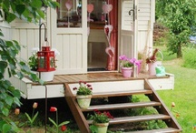 Outdoors Crafts and Gardens / by Mari DeeDee
