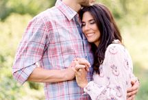Engagement Session Fashion / Here are some ideas for how to dress for engagement sessions.
