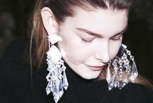 Earrings& outfit ideas