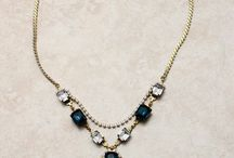 I love jewelry / Who doesn't love a little bit of bling?