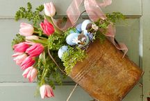 Spring Wreaths / Welcome the spring with these fresh and lovely spring wreath ideas! / by Balsam Hill Christmas Tree Co.