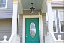 Front doors with shabby colors