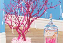 Manzanita Branches Inspiration / by MexWeddings