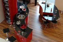 Interior Design - Kitchen / Interior design and home decorating ideas for kitchens. Including kitchen accessories.