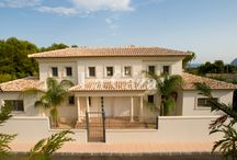 Holiday Homes Moraira - Spain / Find the holiday home of your dreams in one of the villages on the coast of Moraira.