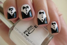 Loves - Black & White Nail Art / A few of our favorite chic and slick monochrome nail art.