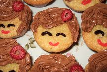 Cupcakes Galore / I just love cupcakes. / by Nicole Dierna