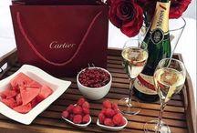 Valentin's day ❤️ / Buon San Valentino ❤️ Lovely Valentin's day ❤ Prekrásny Svätý Valentín. ❤️  〽️ #lifestylecoach #lifestylecoachmk #mk #life #vita #stile #style #donna #woman #pilloledelgiorno  #valentinsday #sanvalentino #amore #love #amare