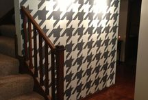 Houndstooth / Houndsthooth pattern featured through the home and in home decor