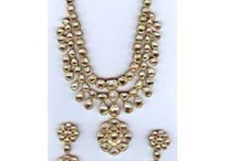 Buy Beautiful Indian Diamond Jewellery / For best appropriate style & personality we give a smart touch to sell our exclusive Jewellery at very exclusive prices. Our cost of any jewellery Product will improve your look with different Design and Shape as evaluate to another Jewelers, our Diamond Jewellery have to designed the transaction or demand of our client, those can decide and easy to purchase for jewelry.