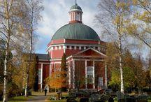 Suomalaisia kirkkoja
