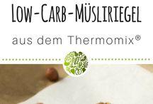 """Kochbuch - Mix dich schlank - Low Carb Rezepte aus dem Thermomix® / Hol Dir unser neues Kochbuch """"Mix dich schlank - Low Carb Rezepte aus dem Thermomix®. Mit über 75 Rezepten für TM31 und TM5® - https://amzn.to/2reOpkr"""