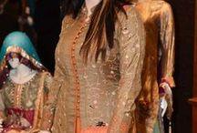 Model ethnic