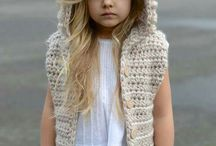 Kız çocuğu örgü kıyafetleri