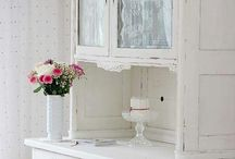 Shabby Chic White