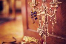 Jewerlyyy / Favorite Jewelry  / by Carly Ringlespaugh