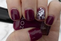 Manicures / A variety of manicures including nail art, holiday themed and many more!