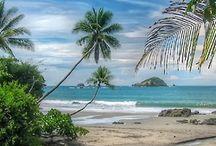 """COSTA RICA / A Costa Rica é considerada um dos melhores destinos para ecoturismo na América Central, com excelente estrutura e biodiversidade. O oásis de estabilidade e relativa prosperidade lhe rendeu o apelido de """"Suíça da América Central"""". É o país com maior porcentagem de território regido por leis de proteção ambiental do mundo, abrigando 5% da biodiversidade terrestre: 35 parques, muitos com excelente e completa infraestrutura turística e 8 reservas biológicas - 26% de 51 mil quilômetros quadrados."""