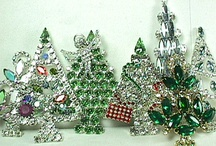 Christmas Pins / Images of Christmas pins. Have any that catch your eye, there's no limit on what you can take, I'm not like that, but some on here are.  Enjoy yourselves! / by Zigsy