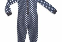 Onesie Pyjamas 13/14 / Onesie pyjamas are the hottest sleepwear item this season and we have a great selection of cute and comfy onesie pyjamas for little kids, big kids, teens and adults. Good enough to lounge about the house in - Moochies organic cotton onesies are designed here in Melbourne. Mini vanilla kids onesies we have brought in from the Uk because cute kids onesies are hard to find and we love their quality and great retro designs