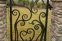 kapuk gates