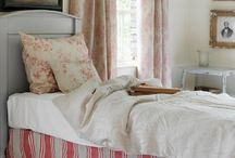 Bedrooms and Ideas Lovelies / Casual, Cozy and Comfortable Dreaming / by Zahidee Mercedes