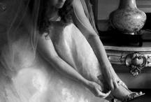 Wedding_Bride getting ready