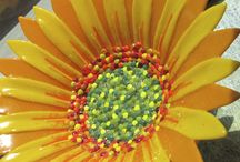 Sunflowers! Fused Glass Sunflowers!! / Beautiful Sunflowers made from fused glass!
