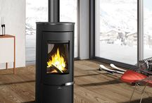 Free-standing fireboxes