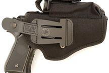 Pistolenholster / In dieser Kategorie finden Sie taktische Duty und SERPA Pistolenholster bis LEVEL 3 für die bekannten Dienstwaffen von Polizei und Bundeswehr wie beispielsweise Glock 17 und Glock 20, Walther P99, Heckler & Koch P30, SFP9 /VP9, P8 USP, P2000 oder Sig Sauer 220-229 von den Herstellern BLACKHAWK, WARRIOR, Vega und IMI Defense.