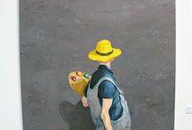 Michael Kvium (1955) / Kunstakademiet 1979-85. I sine malerier, tegninger og grafiske værker har Michael Kvium siden begyndelsen af 1980'erne arbejdet med en kras figurativ realisme. Værkerne rummer referencer til såvel tegneseriekunsten som 1600-tallets barokmaleri.  Knap levende, udefinerlige misfostre, halvt mænd halvt kvinder — undertiden med tilløb til selvportrætter — kan ses som en billedliggørelse af såvel de dunkle sider af tilværelsen som af teknologien, der unddrager sig hjernens og bevidsthedens kontrol.