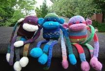 Knitting & Crochet Corner / by Aperkkv