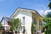 Einfamilienhaus Kempten 1 / Das Familienhaus wurde nach den individuellen Wünschen der Bauherren verwirklicht und fügt sich harmonisch in das Grundstück ein.